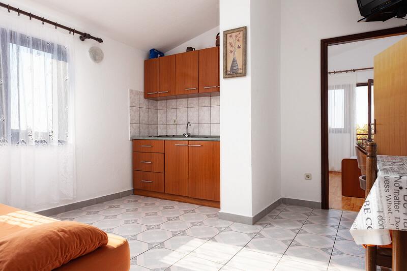 Apartman 02
